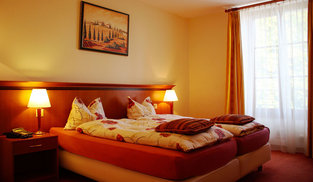 Chambre double single Auberge de Gilly