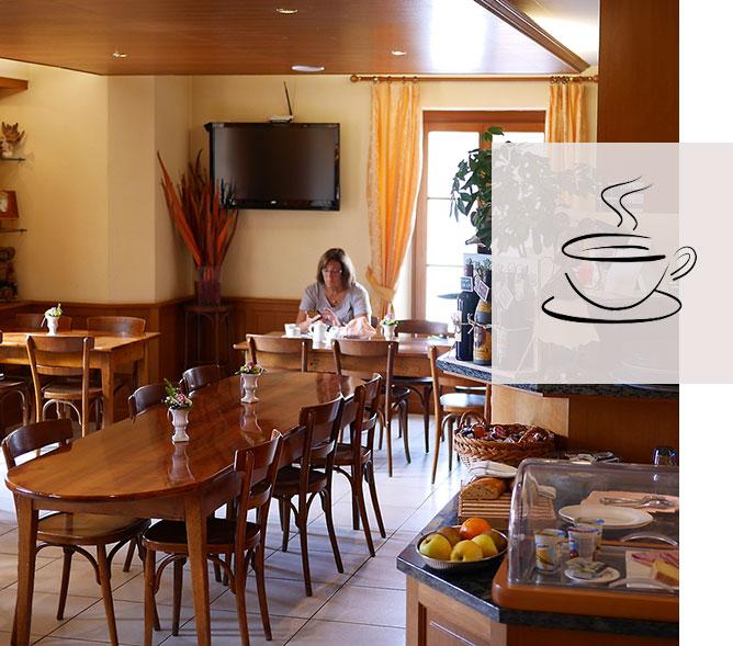 Petit-déjeuner Auberge Communale Gilly