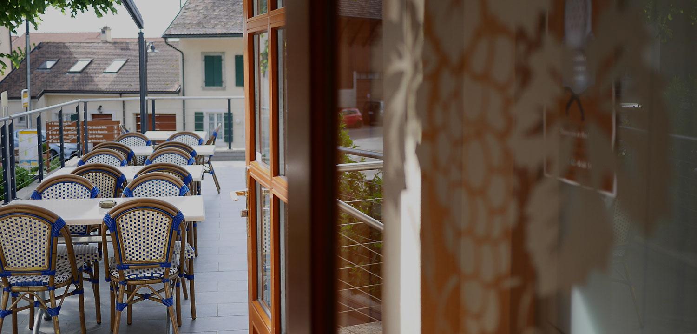 Terrasse Auberge de Gilly
